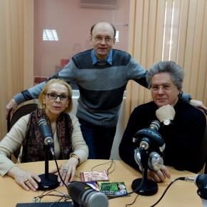 Гости Радио России из Пензы - заслуженная артистка РФ, певица Любовь Исаева и солист Москонцерта, гитарист Юрий Нугманов