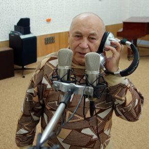 Гость студии радио известный пензенский музыкант и исполнитель песен ВЛАДИМИР КОТЕНЕВ