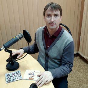 Гость студии исполнитель авторских песен РОМАН ЛАНКИН