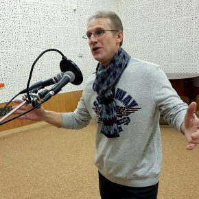Встреча с лауреатом международного конкурса исполнителей русского романса имени Галины Каревой Юрием Хошобиным