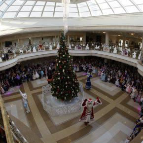В пензенском драматическом театре продолжаются новогодние представления для детей. Радиорепортаж